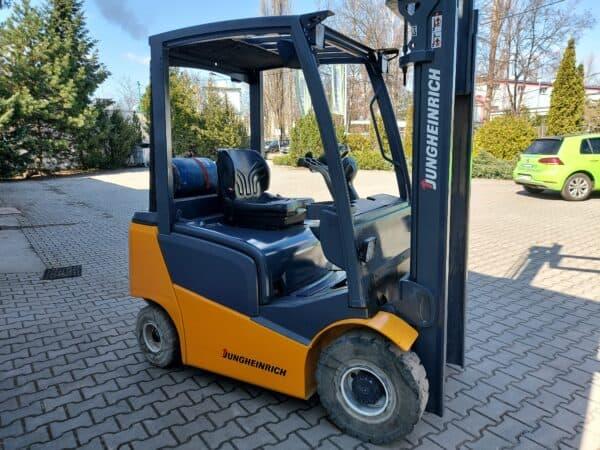 Jungheinrich TFG 316 (1600kg) 13