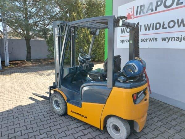 Jungheinrich TFG 316 (1600kg) 11