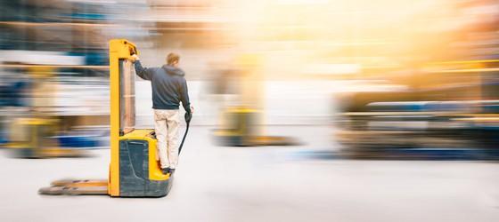 jazda wózkiem widłowym praktyka